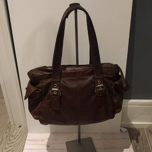 🌸🌺🍀 Genuine leather bag by Kenneth Cole 🍀🍀